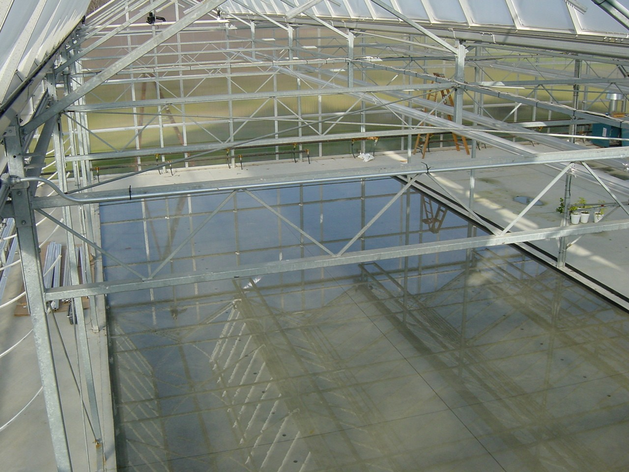 Open Roof Greenhouse Pictures